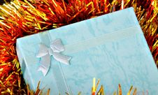 Free Blue Gift Royalty Free Stock Photography - 3710907