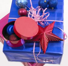 Free Christmas Gifts XXL Royalty Free Stock Photo - 3712145