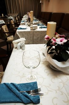 Free Beautiful And Luxurious Restaurant Stock Photography - 3715222