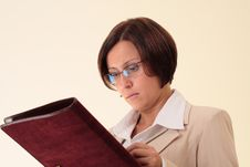 Free White Businesswoman With Notepad Stock Image - 3724081
