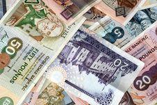 Free Uk Bank Notes Various Amounts 10 20 50 5 Stock Photography - 3724412