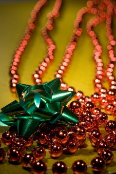 Free Red Christmas Beads Stock Photos - 3724583