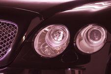 Free Headlights Royalty Free Stock Photography - 3727777