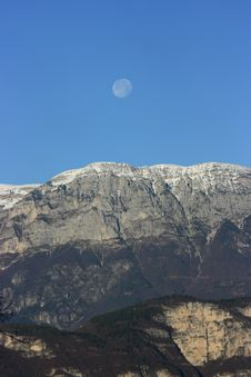 Free Mountain&moon Royalty Free Stock Images - 3731729