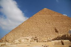 Free The Pyramid Of Giza Stock Images - 3737074