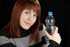 Free Redhead Girl Holding Water Bottle Royalty Free Stock Photos - 3737168
