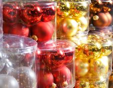Free Christmas Decorations In A Shop Stock Images - 3738664