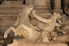 Free Salubrità Statue Trevi Fountain (Fontana Di Trevi) Royalty Free Stock Images - 3745929