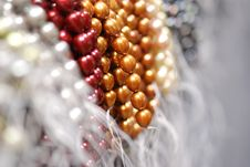 Free Colorful Pearl Strands Royalty Free Stock Images - 3751219