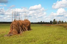 Free A Hayfield With A Haystack In The North Of Russia Royalty Free Stock Images - 3752149