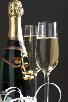 Free Glass Ready For  Celebrating Royalty Free Stock Photography - 3754807
