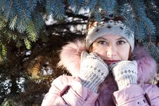 Free Winter Portrait Of Girl Royalty Free Stock Photography - 3754927