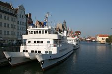 Free Ship Moored In A European Port Royalty Free Stock Photography - 3758827