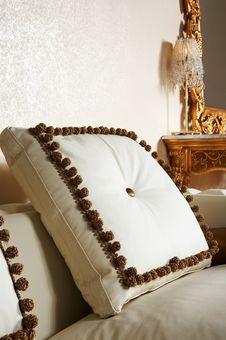 Free Beautiful Pillow Stock Photo - 3759170