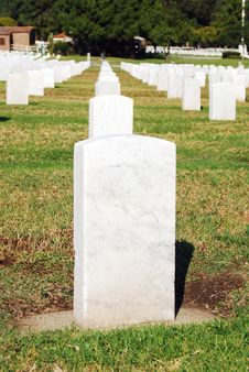 Free White Tombstone Royalty Free Stock Image - 3761826