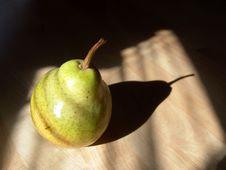 Free Green Pear Close-up Royalty Free Stock Photo - 3762105
