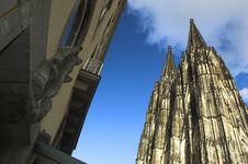 Free Cathedral In Cologne Royalty Free Stock Photo - 3762135
