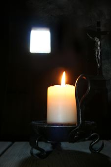 Free Candle On Table Royalty Free Stock Images - 3772599