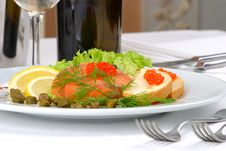 Free Banquet Table Setting Seafoods Royalty Free Stock Images - 3772629