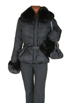 Free Jacket With Fur And A Bag Royalty Free Stock Images - 3773439