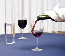 Free Filling Glass With Red Wine Royalty Free Stock Images - 3773579
