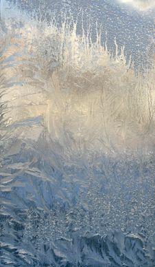 Free Freezing Pattern On Window Royalty Free Stock Image - 3783086
