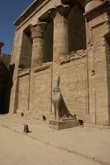 Free Horus Tempel, Edfu Royalty Free Stock Photo - 3786565