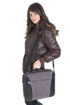 Free Girk With Laptop Bag Royalty Free Stock Photography - 3787727
