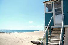 Free House On The Beach Royalty Free Stock Images - 3787789