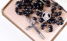 Free The Bible And Rosary Royalty Free Stock Photography - 3788627