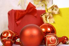 Free Christmas Balls Royalty Free Stock Images - 3792659
