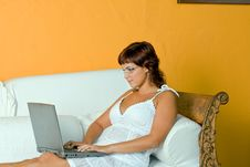 Free Woman With Laptop Royalty Free Stock Photos - 3794138
