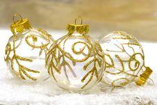 Free Golden Christmas Balls Stock Images - 3798484