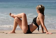 Free Woman Relaxing On A Beach Royalty Free Stock Images - 381069
