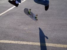 Free Skateboard Trick With A Shadow Stock Photos - 383893