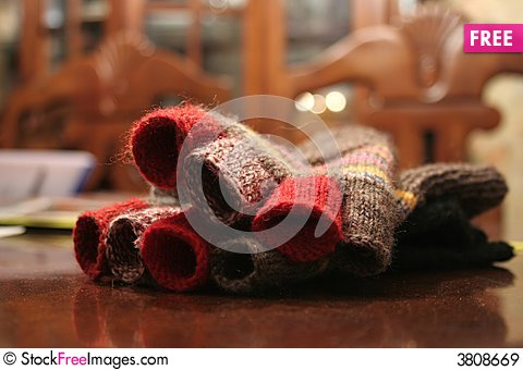 Free Gloves Royalty Free Stock Images - 3808669