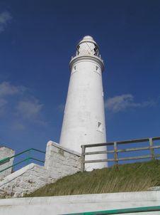 Free White Lighthouse Stock Photo - 3804530