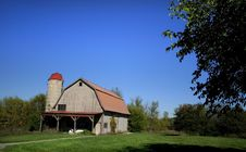 Free Old Barn Royalty Free Stock Image - 3814106