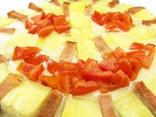 Free Happy Face Pizza With Tomato, Ham And Pineapple Royalty Free Stock Photography - 3816187