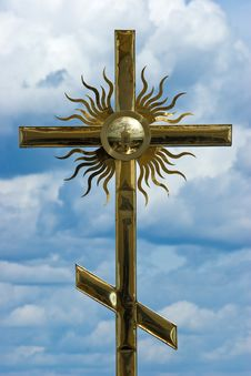 Free Cross At The Dome Of A Church Stock Photo - 3823280