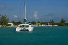 Free Catamaran Island Stock Photo - 3824780