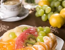 Delicious Fruit Tarta Stock Photography