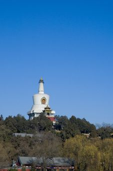 Free White Pagoda Royalty Free Stock Photo - 3830095