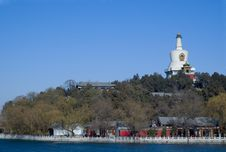 Free White Pagoda Royalty Free Stock Image - 3830166
