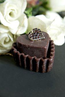 Free Chocolate Heart Royalty Free Stock Photos - 3834858