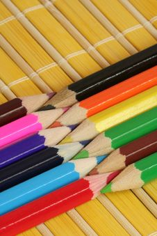 Free Crayons On Mat Royalty Free Stock Images - 3839729