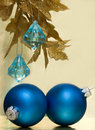 Free Blue Christmas Balls Royalty Free Stock Images - 3845269