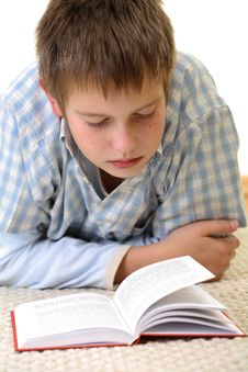 Free Boy Learning On The Floor Royalty Free Stock Photography - 3841637