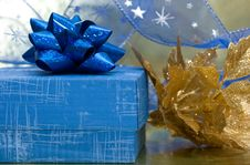 Free Blue Gift Box Stock Photography - 3845432