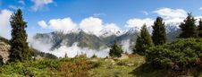 Free Fog After Rain In Mountain Stock Photo - 3850520